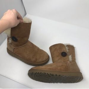 Ugg Classic Bailey Boots Size 7